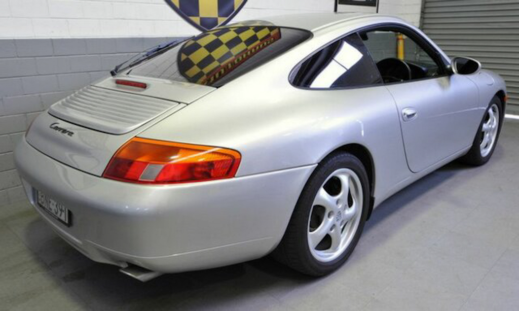 1998 Porsche 911 Carrera Coupe-3