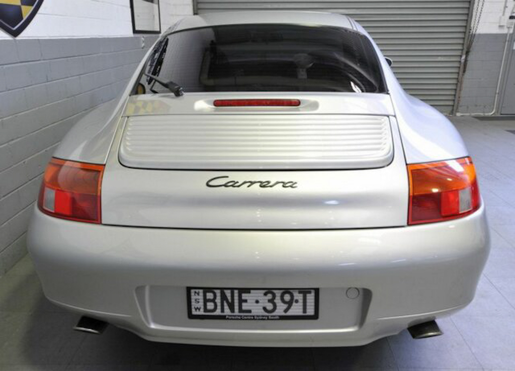 1998 Porsche 911 Carrera Coupe
